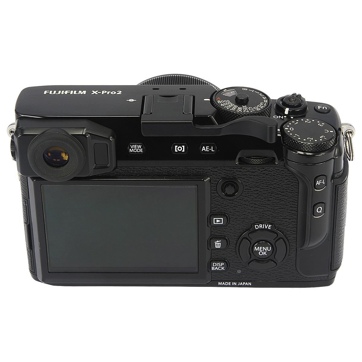 Zadní strana fotoaparátu Fujifilm X-Pro2 s tlačítkem Fn, které je ještě označené
